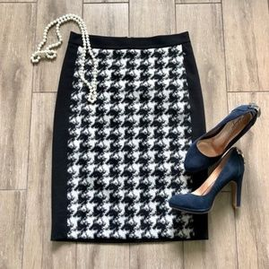 DKNY Houndstooth Front Pencil Skirt Wool Blend